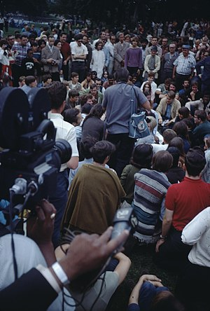 1968 Democratic National Convention protest activity - People in Lincoln Park during the convention, being recorded by NBC