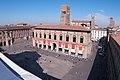 Piazza Maggiore vista dalla terrazza di San Petronio.jpg