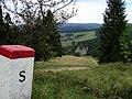 Pieninen - polnisch-slowakischen Grenz,im Hintergrund Weißes Wasser - panoramio.jpg