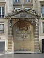 Place Saint-Project, Fountain (around 1715), Bordeaux, Aquitaine, France - panoramio.jpg