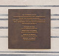 Plaque remembering Police victims Hitlers 1923 putsch Feldherrnhalle Munich.jpg