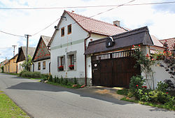Poděvousy, house No. 28.jpg