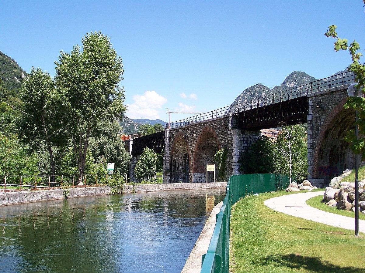 Vobarno wikipedia for Piccoli piani di casa sul fiume