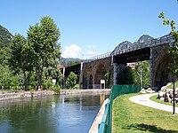 Pompegnino di Vobarno ex ponte ferroviario sul fiume Chiese 2008.jpg