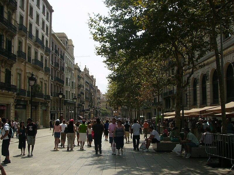 File:Portal de l'Àngel - Barcelona (Catalunya).jpg