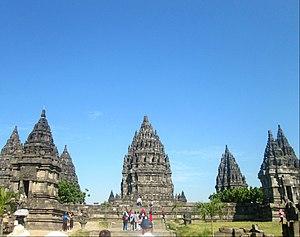 Candi Prambanan , salah satu peninggalan Wangsa Sanjaya.