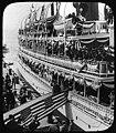 President Theodore Roosevelt disembarking from SS Spokane, Seattle, 1903 (MOHAI 2510).jpg