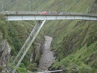 Híd a Río Pastaza-n Baños közelében