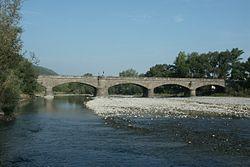 Puente de la Reina de Jaca.jpg