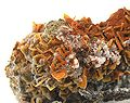 Quartz-Wulfenite-t06-319b.jpg