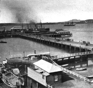 Queens Wharf, Auckland - Queens Wharf from La Nouvelle-Zélande published in 1904.