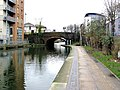 Regent's Canal, Kingsland Road bridge - geograph.org.uk - 1728752.jpg