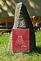 Reinhardsbrunn-Denkmal-Elisabeth-von-Thüringen-CTH.jpg