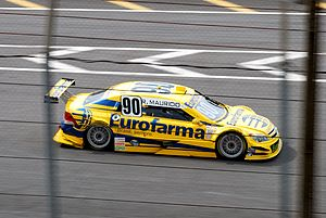 Ricardo Maurício - Maurício driving his RC Competições-run Chevrolet Astra in the 2009 Stock Car Brasil season.