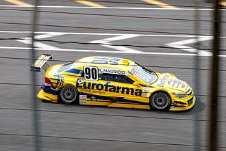 Ricardo Maurício - Maurício driving his RC Competições-run Chevrolet Astra in the 2009 Stock Car Brasil season.