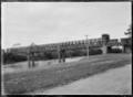 Road and railway bridge over the Waikato River at Ngaruawahia. ATLIB 284101.png