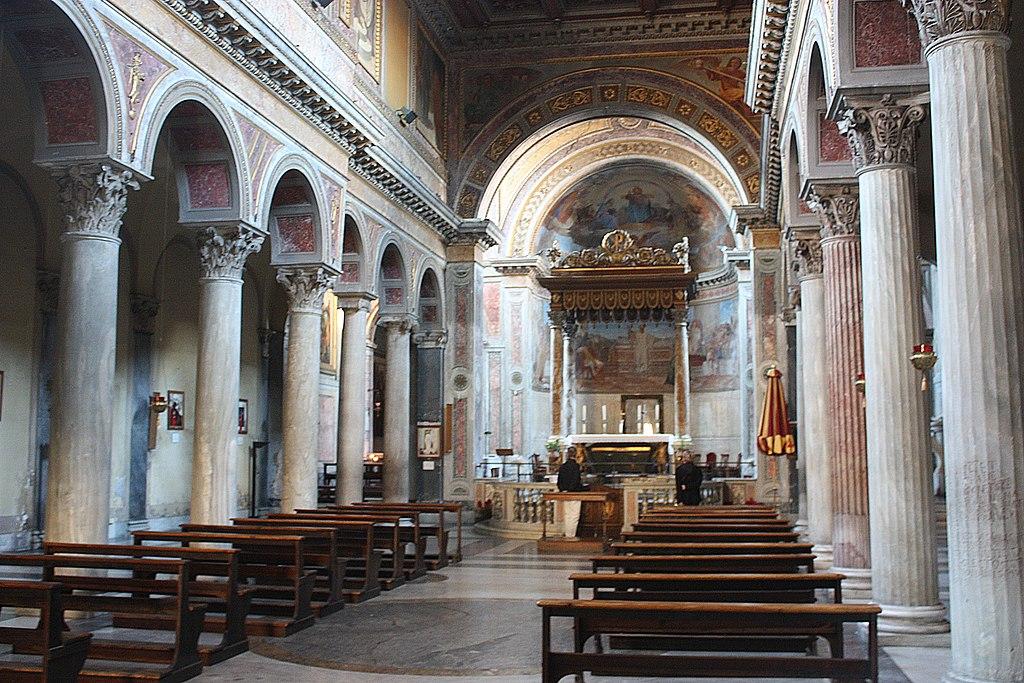 Rom, die Kirche San Nicola in Carcere, Innenansicht.JPG