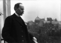 Romain Rolland au balcon, Meurisse, 1914.xcf