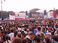 Rome concert 1-5-2007 crowd 2.jpg