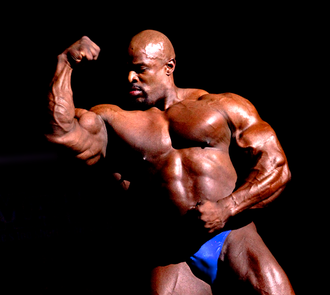 Ronnie Coleman - Coleman posing in 2009