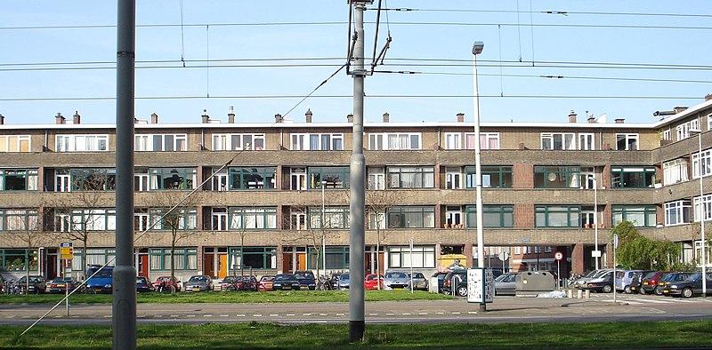 Complex ungerplein torenflat in rotterdam monument for De lantaarn rotterdam