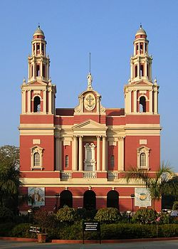 Sacred Heart Cathedral (New Delhi) sky adj.jpg