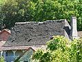 Saint-Amand-de-Coly toit lauzes (1).JPG