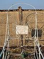 Saint-Denis-sur-Ouanne-FR-89-sépulture de soldat-03.jpg