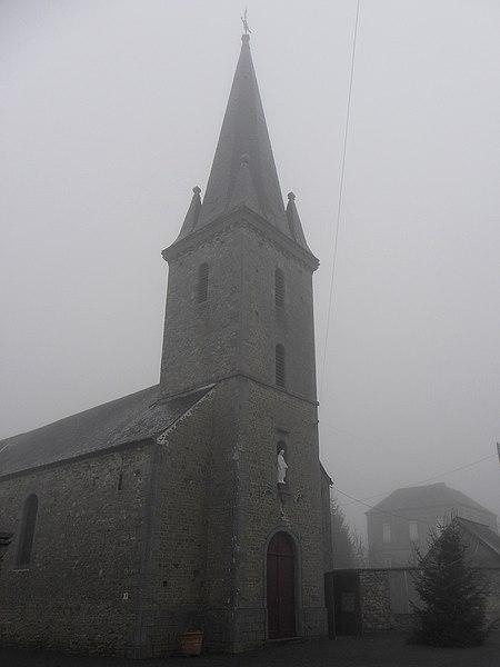Église de La Chapelle-au-Grain, commune de Saint-Georges-Buttavent (53).