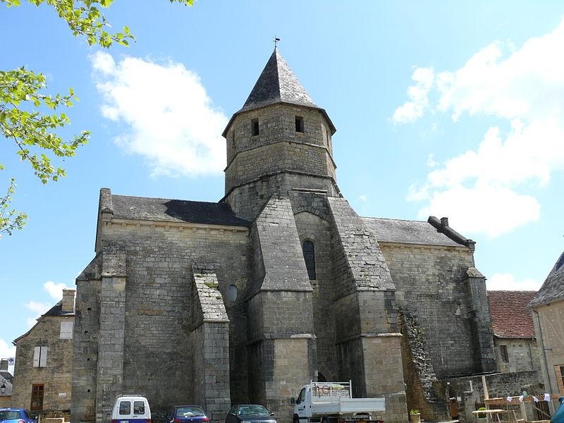 File:Saint-Robert - Eglise -2.JPG