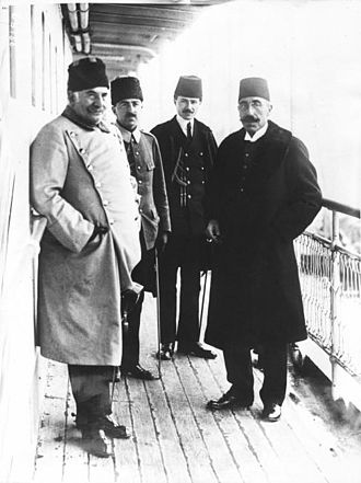 Salih Hulusi Pasha - Salih Hulusi Pasha (right) with Nazim Pasha, before his departure for the London Conference of 1912–1913