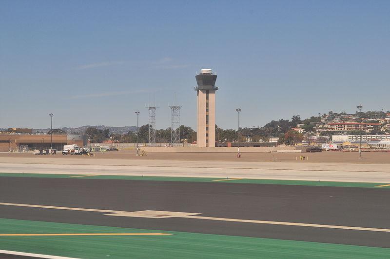 File:San Diego International Airport tower 01.jpg