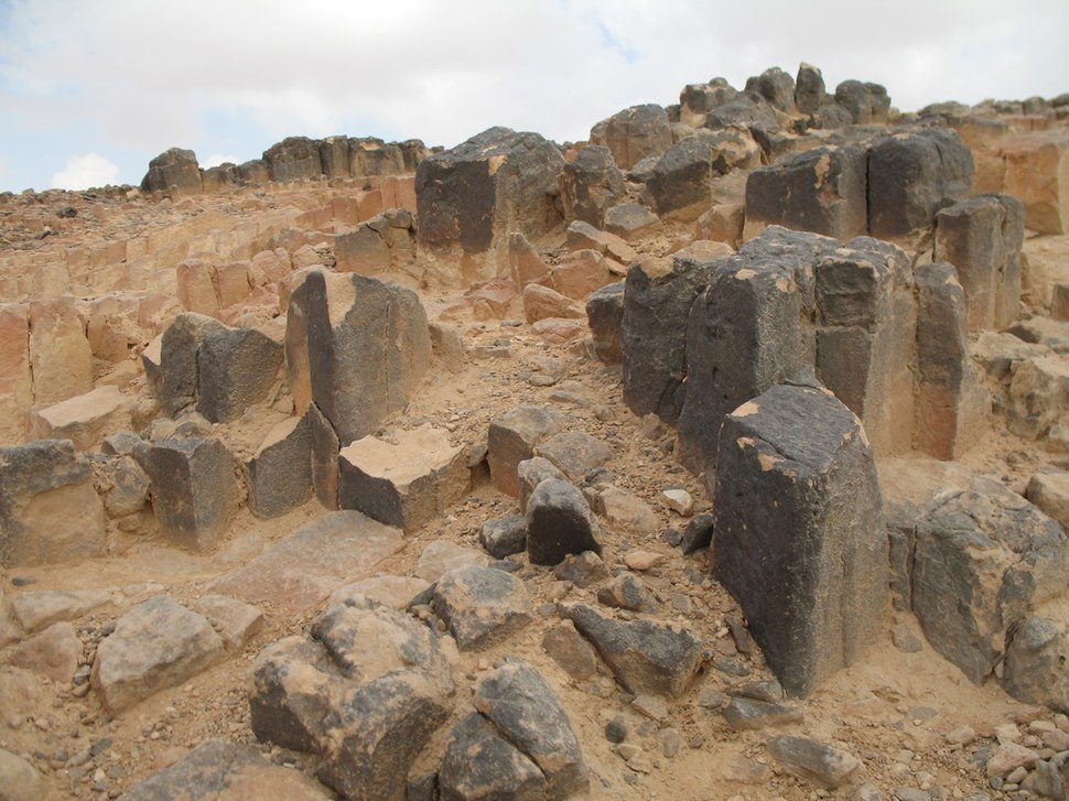Sandy rectangular and hexagonal prisms at the centre of Makhtesh Ramon - Ha-Minsara (The Carpentry Shop), Israel