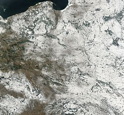Satellite image of Poland in February 2003.jpg