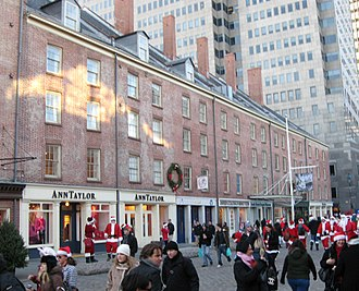 Fulton Street (Manhattan) - The South Street Seaport on Fulton Street on a December afternoon