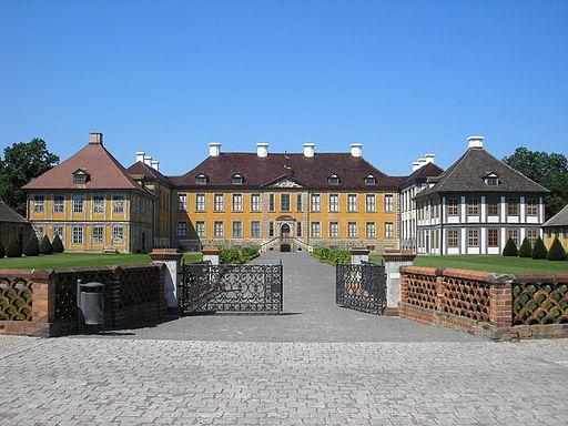 Schloss Oranienbaum2