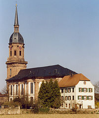 Schutterns Kloster- und Pfarrkirche.jpg