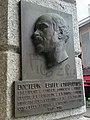 Sculpture d'Emile Chautemps sur la mairie de Chamonix.jpg