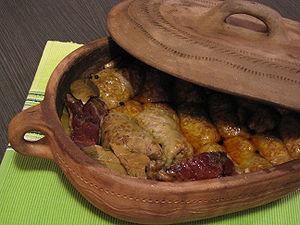 Whole sour cabbage - Image: Serbian Sarma
