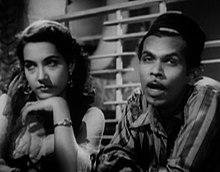 Shakila et Johnny Walker dans Aar Paar (1954).jpg