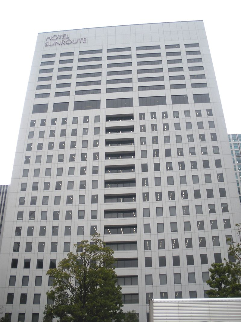 Shinagawa seaside east tower 2009.JPG