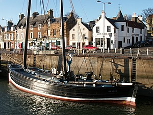Reaper (sailing vessel) - Image: Shore Street and the Reaper