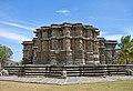 Side view of Kedareshwara Temple.jpg