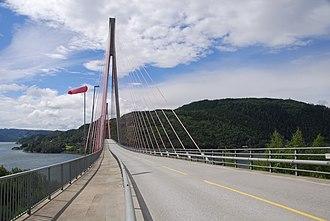 Skarnsund Bridge - The Skarnsund Bridge looking west