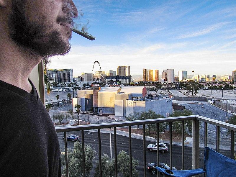 File:Smoking a Joint in Las Vegas.jpg