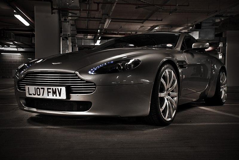 drive: Aston Martin Vantage