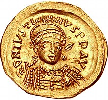 Solidus Justin I (awers) .jpg