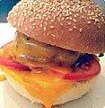 Souvenir du fameux atelier burger. Dedicace @naudinsylvain & @cmoua mandgi (7628183730) (1).jpg