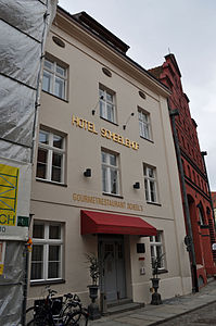 Stralsund, Fährstraße 25 (2012-03-11), by Klugschnacker in Wikipedia.jpg