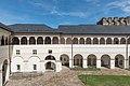 Strassburg Schloss Innenhof Arkaden 15042015 2012.jpg